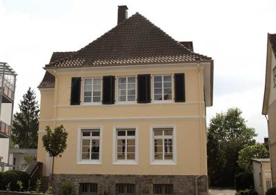 Malerbetrieb-hellberg-detmold-fassade-referenz-05